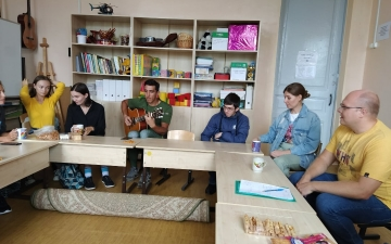 Первые уроки гитары и вокала_2